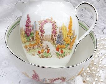 Vintage bone china Roslyn milk/creamer jug and sugar bowl - bone china