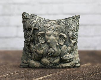 Bronze Buddha PillowCase Gold Buddha Throw Pillow Cover Yoga Zen PillowCase Sofa Silk PillowCase Cushion Cover Satin Pillow Toss Home Decor
