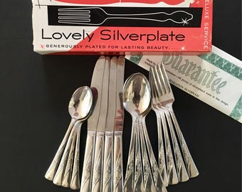 Revelation Silverware Set Mid Century Service for 4 Vogue Pattern Meriden Mint Cond. Silverplate Floral Scroll Cottage Design in Box 1953