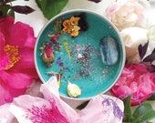 MYSTIC UNICORN Nymph's Kiss kyanite crystal candle soy wax flower rose pansy jasmine calendula cornflower witch wicca handmade unicorn manor