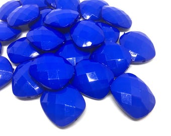 Royal blue Faceted Puffed Oval 31mm Bead, Oval blue Bead, Bangle or Jewelry Making, bangle beads, blue jewelry, royal beads, blue necklace