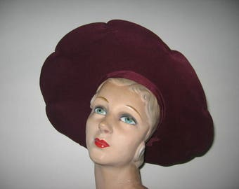 1940's Wine Wool Felt Portrait Hat, Scalloped Halo Brim!