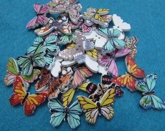 Pack of 10 Wooden Butterfly Buttons