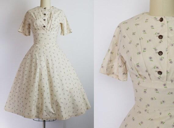 1950s Daisy Print Cotton Dress   Small (36B/25W)