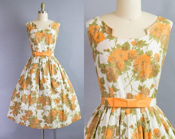 1950s Floral Dress/ Large (40b/32w)