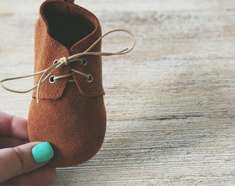 Brown Leather Baby Oxfords, Baby Lace Up Boot, Leather Baby Shoe, Suede Baby Boot, Toddler Oxfords, First Birthday, Ring Bearer, Wedding