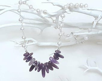 Amethyst statement necklace - Raw gemstone necklace - Contemporary pearl necklace - modern pearl jewellery - natural crystal jewelry