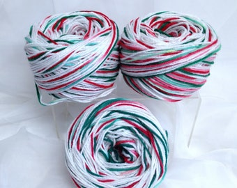 Christmas Yarn Double Stranded White & Variegated Candy Cane Colored Yarn for Knitting Crocheting and Fibre Art Crafts Pom Pom Yarn