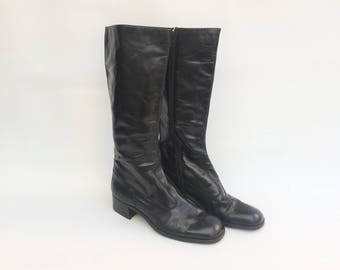 60s Black  Boots / Black Leather Boots  / Large Heel Black Boots / 60 Black  Boots /  Black Boots USA 9  UK 7 EU 40