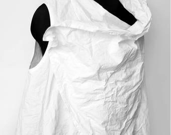 Wrinkled white vest dress
