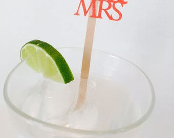 15 Mr and Mrs Swizzle Sticks - Drink Stir Sticks - Wedding - Wedding Reception - Engagement Party - Bridal Shower - Married - Party