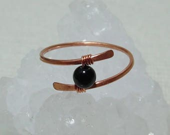 Gift for Her Black Onyx Ring, Gemstone Ring, Copper Ring, Minimalist Ring,  Gift for Him, Black Onyx Gemstone, Wire Wrapped Ring