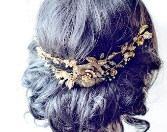 MARTHA | Delicate Flower Headpiece