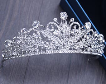 Feather wedding tiara Wedding crystal crown CZ wedding diadem Cubic Zirconia tiara Rhinestone wedding crown Baroque bridal headpiece