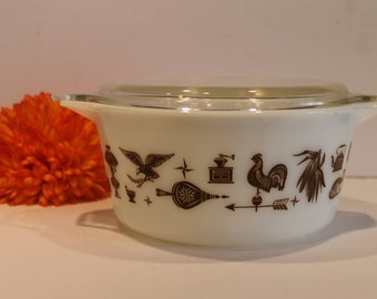 Vintage Pyrex Casserole Dish with Lid- Pyrex 474-B Dish - Early American Pattern Pyrex - Cinderella Casserole