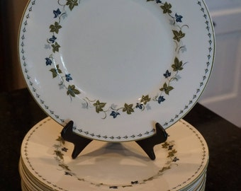 """Set of 11 Susie Cooper """"Vintage"""" Dinner Plates/Wedgwood/England/1965/ Holiday China/ Mid Century Modern China"""