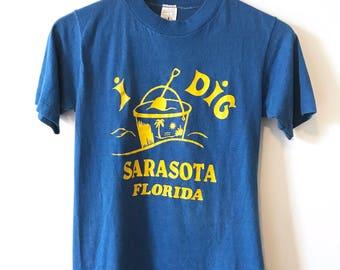 Vintage 70's I Dig Saratosa Florida Tshirt