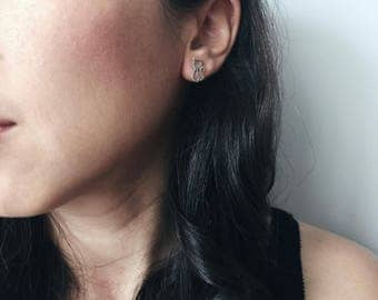 Cat outline ear stud, Sterling silver cat outline ear stud, Cartilage ear stud, Cat earrings, Silver jewellery, Tiny cat (ES83)