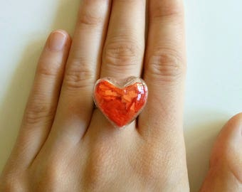 Heart of glass. Ring.