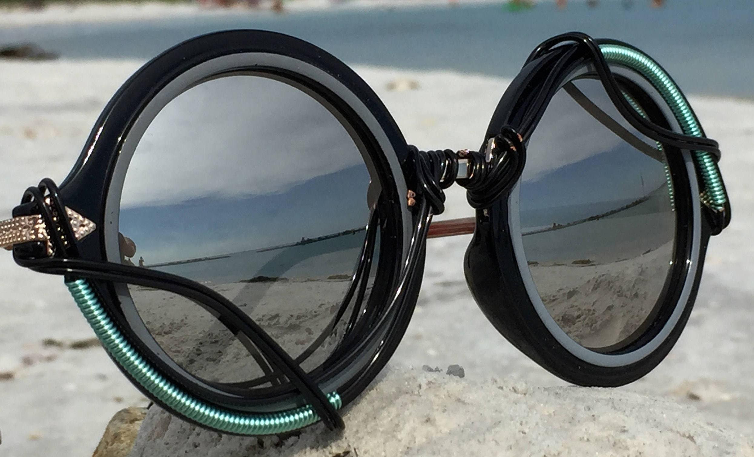 588134d665 ROUND Silver   Black ~ SPUNGLASSES ~ Retro Art Deco ~ Wire Wrap Sunglasses  Eyewear Sunnies