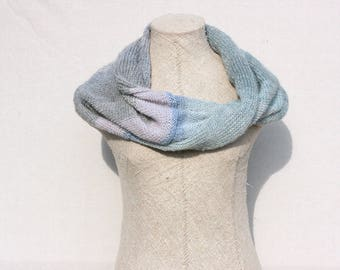 Loop scarves / Blue boho scarf / Chunky knit scarf / Modern infinity scarf / Knit circle scarves - First Frost 3
