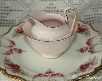 Tuscan, England: Pink creamer & sugar bowl