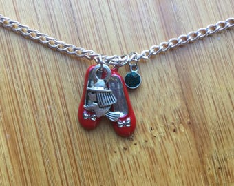 The wizard of oz wicked necklace ruby slippers