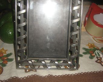 Beautiful High Quality Heavy Picture Frame for a 4X6 Photo