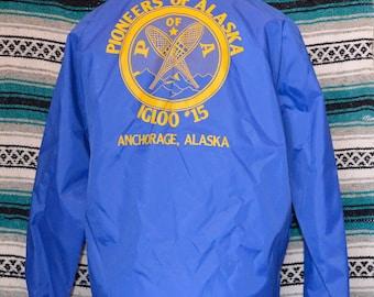 Vintage Pioneers of Alaska Igloo #15 Windbreaker King Louie Pro Fit Jacket Coat Blue Large Anchorage Alaska POA