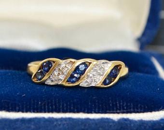 1994 18CT YELLOW GOLD Diamond & Sapphire Geometric Stacking RING - Sz N  (Us 6.75)