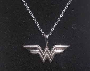 Silver /Gold/Rose Gold / Gold plated /Wonder Woman Pendant