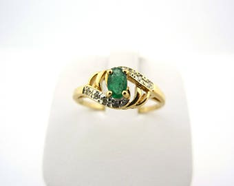 14K Yellow Gold Emerald Ring with Diamond Accents 1.9g