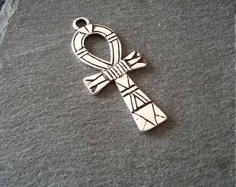4 Antique Silver Tone Ancient Egyptian Ankh Pendants 41x19mm