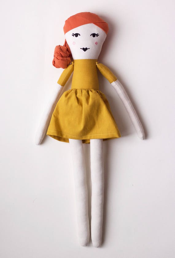 Hollywood It-girl Actress Emma Stone Cloth Doll: handmade with organic cotton
