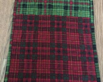 Table Runner, Red and Green Plaid