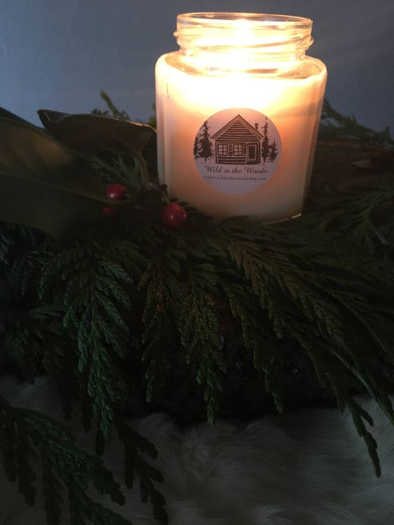 Cozy At Home - 100% Soy wax and essential oil candle - 9oz glass Jar