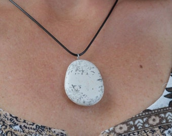 Handmade natural stone pendant necklace 5/17-19