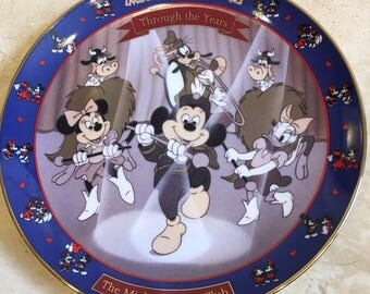 """Mickey and Minnie: Through the Years """"The Mickey Mouse Club"""" Bradford Plate Limited Edition"""