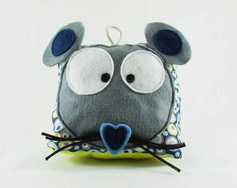 Decoration toy - bean mouse - handmade