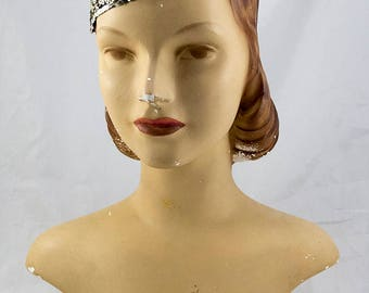 Fabulous 1920s Flapper Silver Sequin Skull Cap, very Great Gatsby or even 70s disco, can be worn in different ways