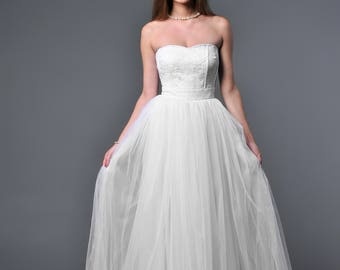 White bridesmaid dress , white lace strapless wedding dress , sweetheart tulle Quinceanera dress lace up back bridesmaid dresses