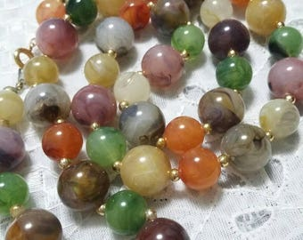 Vintage Lucite Marbled multi colored Beaded Necklace