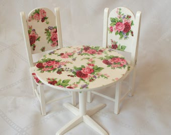 dollhouse miniatures, set of furniture for dollhouse, table and chairs, wooden furniture, doll furniture