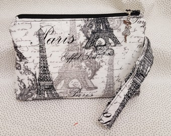 Vintage Paris Everywhere Wristlet