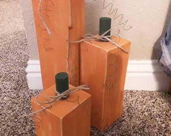 Rustic Wooden Pumpkin Decor Set