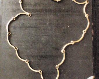 Vintage  ladies necklace 1960/70s silver choker vintage