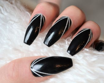Elegant black and silver glitter press on nails| Any size or shape| Fake nails| press on nails| holiday| Matte nails| Stiletto nails