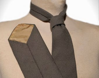 1940's Traditional Wartime Green Necktie