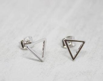 Earrings Silver plated triangle shiny 10 mm earrings