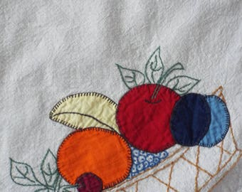 Vintange Cotton Hand-Made Appliqued Fruit & Vegetable  Tablecloth Corn Oranges Apples